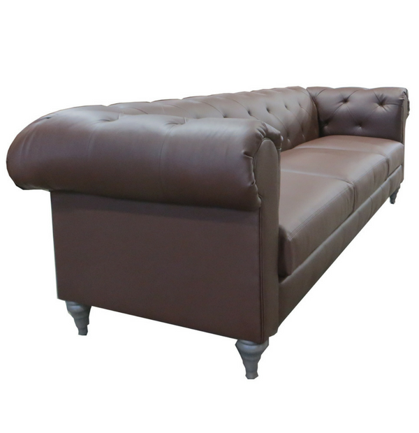 Chesterfield Sofa With Turned Legs